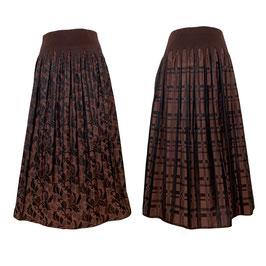商品番号IS-9863-3W リバーシブルスカート リーフ柄&チェック柄(ガーネット)