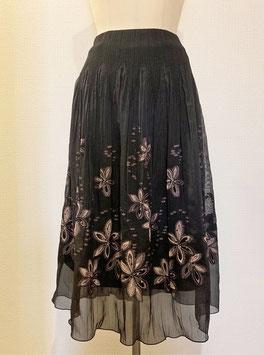 商品番号IS-6360 ラメ入りドットつる花柄スカート(ブラック)