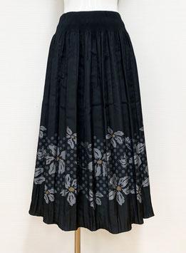 商品番号IS-9849-3W-A 水玉入り花柄ボーダースカート