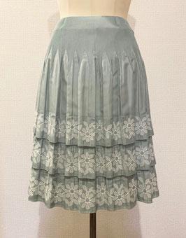 商品番号IS-7542-LGRN 花柄3段フリルスカート(ライトグリーン)