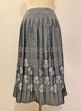 商品番号IS-9661-3W  【新着】籠目花柄スカート(グレー)
