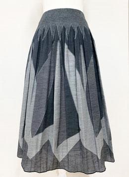 【新着】商品番号IS-9822-2W 幾何柄スカート(グレー系)