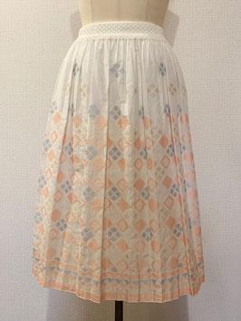 商品番号IS-8566-1W ダイヤ柄スカート(白×オレンジ)