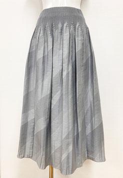 【新着】商品番号IS-9842-2W バイヤスボカシカットスカート(ライトグレー系)