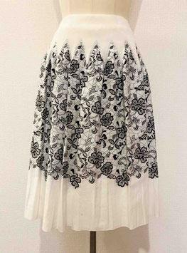 商品番号IS-8686-2W レース調花柄スカート