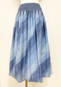 【新着】商品番号IS-9842-2W バイヤスボカシカットスカート(ブルー系)