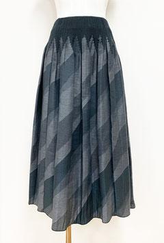 【新着】商品番号IS-9842-2W バイヤスボカシカットスカート(グレー系)