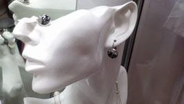 Funkelnde Ohrringe