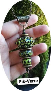 Collier 3 perles vertes