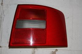 Audi A6/S6 Rückleuchte rechts (Beifahrerseite) 4B9945096C 3FZ