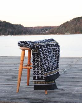 Ekshärad Sot Blanket by Ojbro Vantfabrik