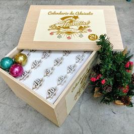 Calendario de Adviento en caja de madera con 24 cervezas diferentes