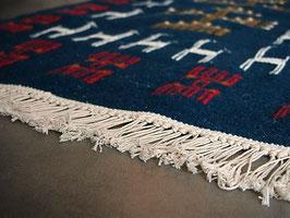 Tapis berbère kilim ethnique bleu en laine