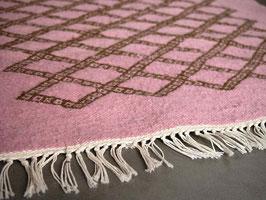Tapis berbère pour chambre rose en laine