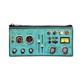Control Panel - Federtasche