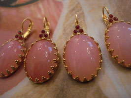 Leuchtend rosa + pink Swarowski