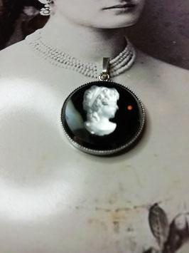 Beethovens Schönste - Ornament Anhänger Gemme schwarz weiß