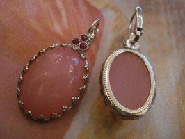 Rosa Opak Cabochon-Ohrringe im Vintage-Stil lichtdurchscheinend silbern gefaßt