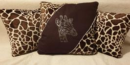 Kissen-Set 3-teilig mit Strassmotiv Giraffe