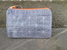 Beadbags Crispy Fishnet Beautytasche silber grau