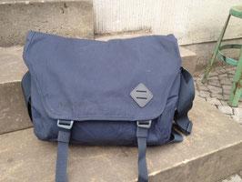 Millican Nick Messenger Bag 13l slate - blau