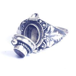 """Zilveren """"gif""""ring met edelsteen en klepje 033"""