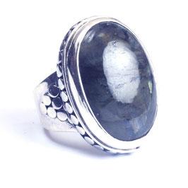 Ring zilver met edelsteen 011