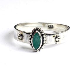 Ring zilver met smaragd