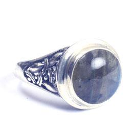 Ring zilver met edelsteen 027