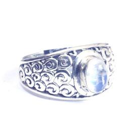 Ring zilver met edelsteen 040
