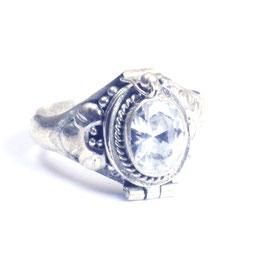 """""""Gif""""ring zilver met edelsteen en klepje 035"""