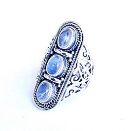 Ring zilver met edelsteen M R 004