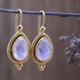 Ohrhänger mit Regenbogen Mondstein Silber vergoldet