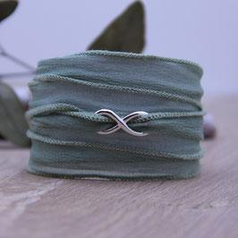 Wickelarmband Seide mit Infinity Silberteil