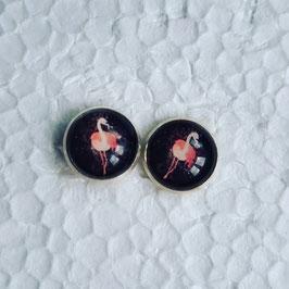 12 mm Metall Ohrstecker Flamingo rosa auf schwarz