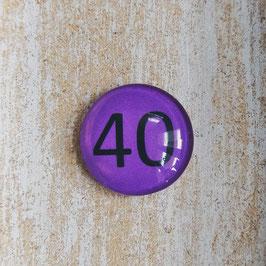 Zahl auf lila Hintergrund (Bitte Wunschzahl im Freitextfeld mitteilen)