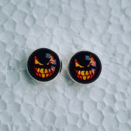 12 mm Metall Ohrstecker Halloween Fratze