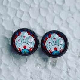 12 mm Metall Muster rot blau weiß mit dunkler Fassung