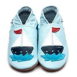 Inch Blue Krabbelschuhe Segelboot babyblau