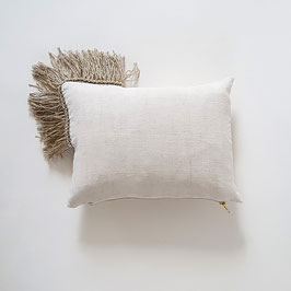 COUSSIN 30 x 40 cm drap franges ficelle et dorées / CUSHION 30 X 40 CM  sheet twine and gold fringe