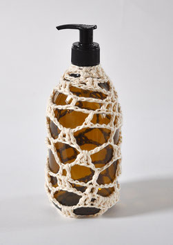 FLACON POMPE VIDE crochet blanc 500 ml verre brun / EMPTY PUMP BOTTLE white cotton crochet 500 ml/16,9 fl oz, brown glass