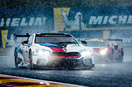 Kunstdruck / Poster BMW M6 Regen  (60x40cm)