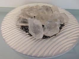 Ladestation mit 15 Bergkristallen
