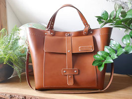 Robuste, standige Ledertasche, Weekender, Campertasche, große Handtasche