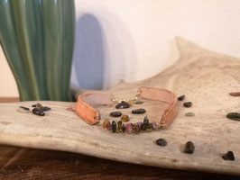 Lederarmband mit bunten Turmalinsteinen/ goldfilled Verschluss