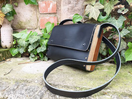 Lederhandtasche mit Rosenholz