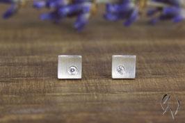 Ohrstecker Silber 925/- mit Zirkonia, Winzling, kleines konkaves Quadrat