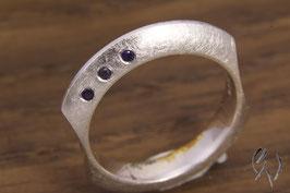 Ring Silber 925/- mit drei Safiren