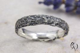 Schmaler Ring Silber 925/-, Zerknittert, geschwärzt