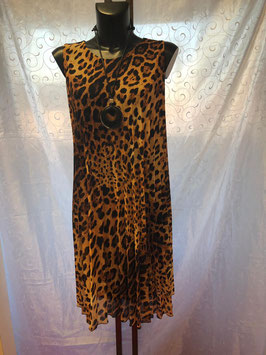 Sommerkleid mit Leopardenmuster